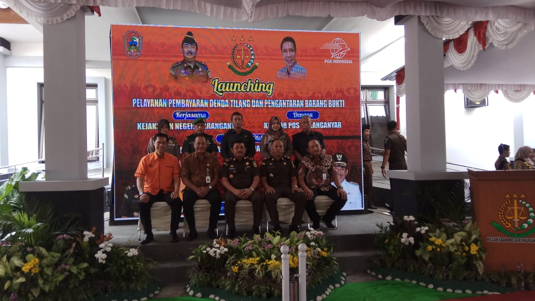 Permudah Pelanggar Lalulintas dalam Membayar Denda Tilang, Kejari Karanganyar dan Kantor Pos Indonesia Bersinergi