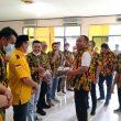 Rapat Koordinasi, Ketua AMPG Provinsi Lampung Aprozi Alam Berikan Bantuan Seragam ke Pengurus Kabupaten/Kota