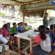 Peduli Pendidikan, Pos Mahen Satgas Yonif 742/SWY Berikan Waktu Luang Untuk Mengajar Anak-Anak di Perbasatan
