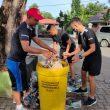 Jaga Kebersihan Lingkungan, Satgas Pamtas Sektor Timur Gelar Aksi Bersih-Bersih